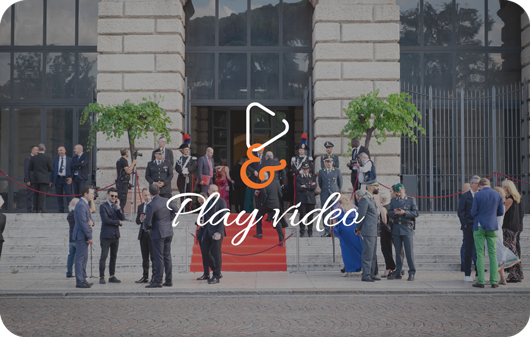 play button palazzo gran guardia